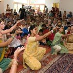 Shri-Mataji-in-Austria-dance